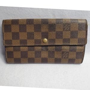 Authentic Preowned LV Damier Sarah Wallet